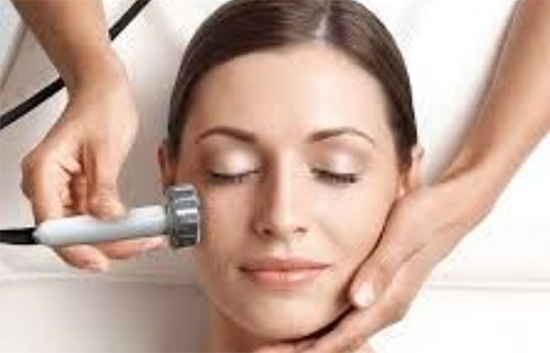 Ultrasonic Peeling - Dyprens ansikt